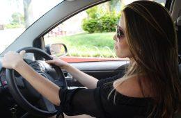 Hoe maak je een beslissing bij het afsluiten van autoverzekeringen?